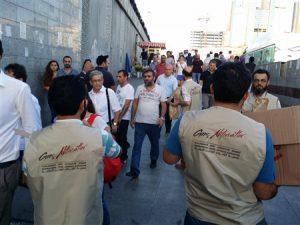 Genç Aktivistler - Yolda Kalanlara İftariyelik Dağıtımı (2)